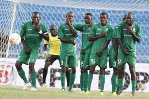 Sony Sugar players line-up to defend a free-kick from Sofapaka