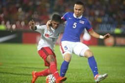 Timor Leste's Nataniel de Jesus Reis (left) and Malaysia's Shahrom Kalam 2016