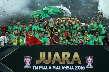 Kedah celebrates lifting the 2016 Malaysia Cup 30/10/16