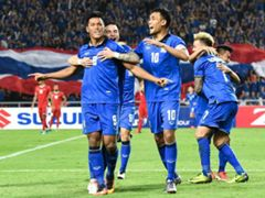 Thailand players celebrating Siroch Chatthong's goal against Indonesia 17/12/2016