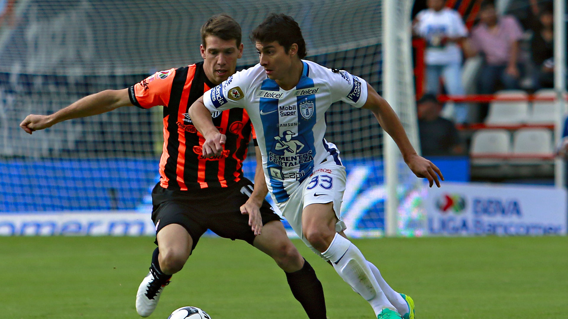 Pachuca Necaxa Liga MX Stefan Medina