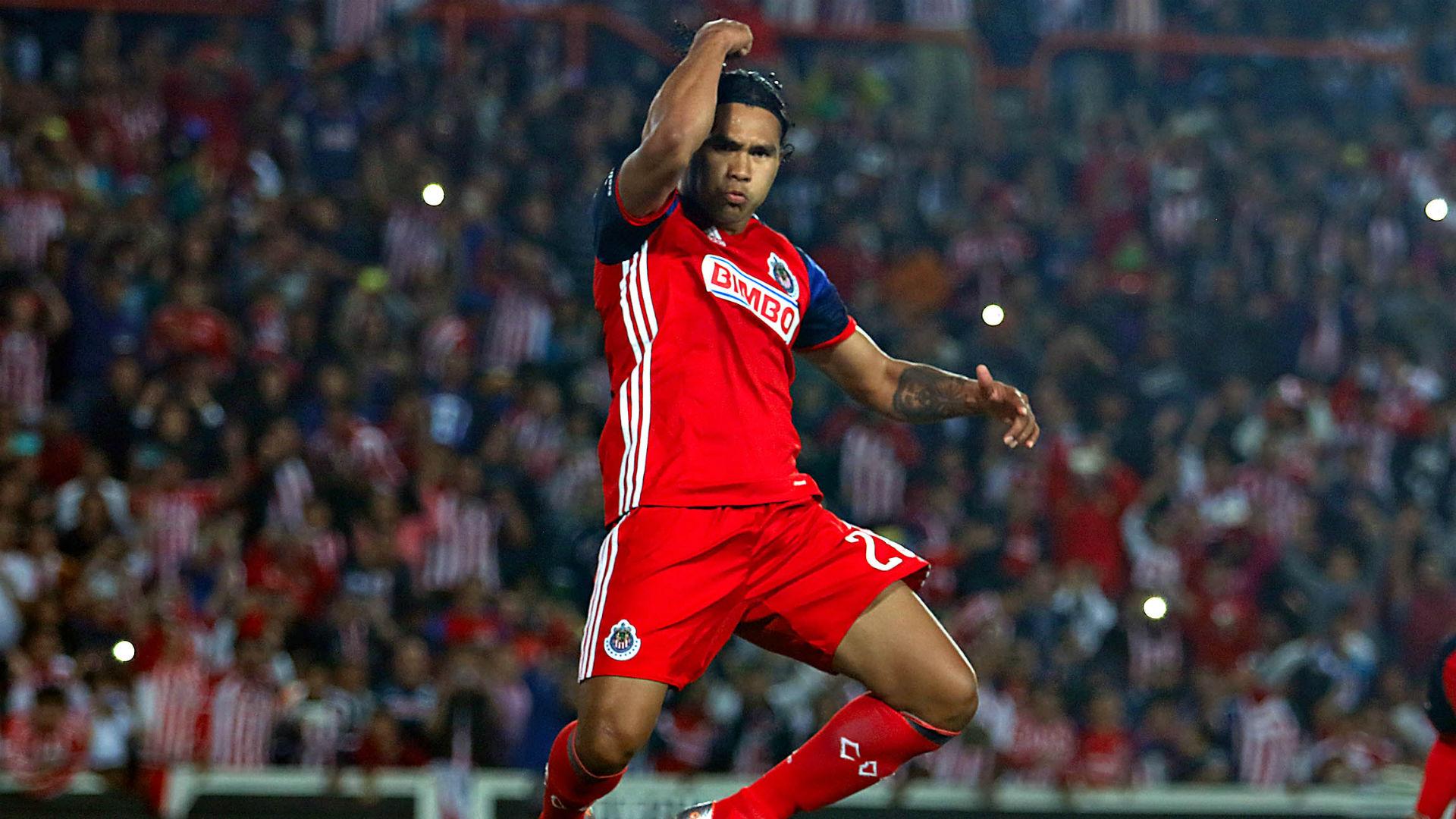 Pachuca vs Chivas 23042016 J15 Liga MX Carlos Gullit Peña