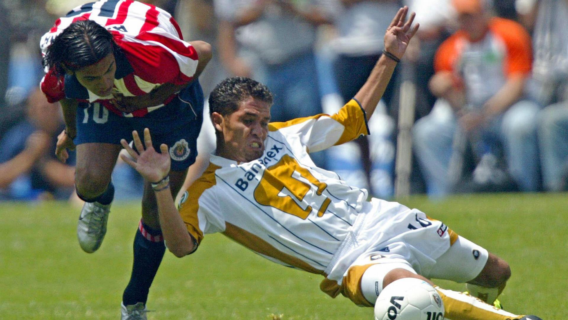 Pumas 2004