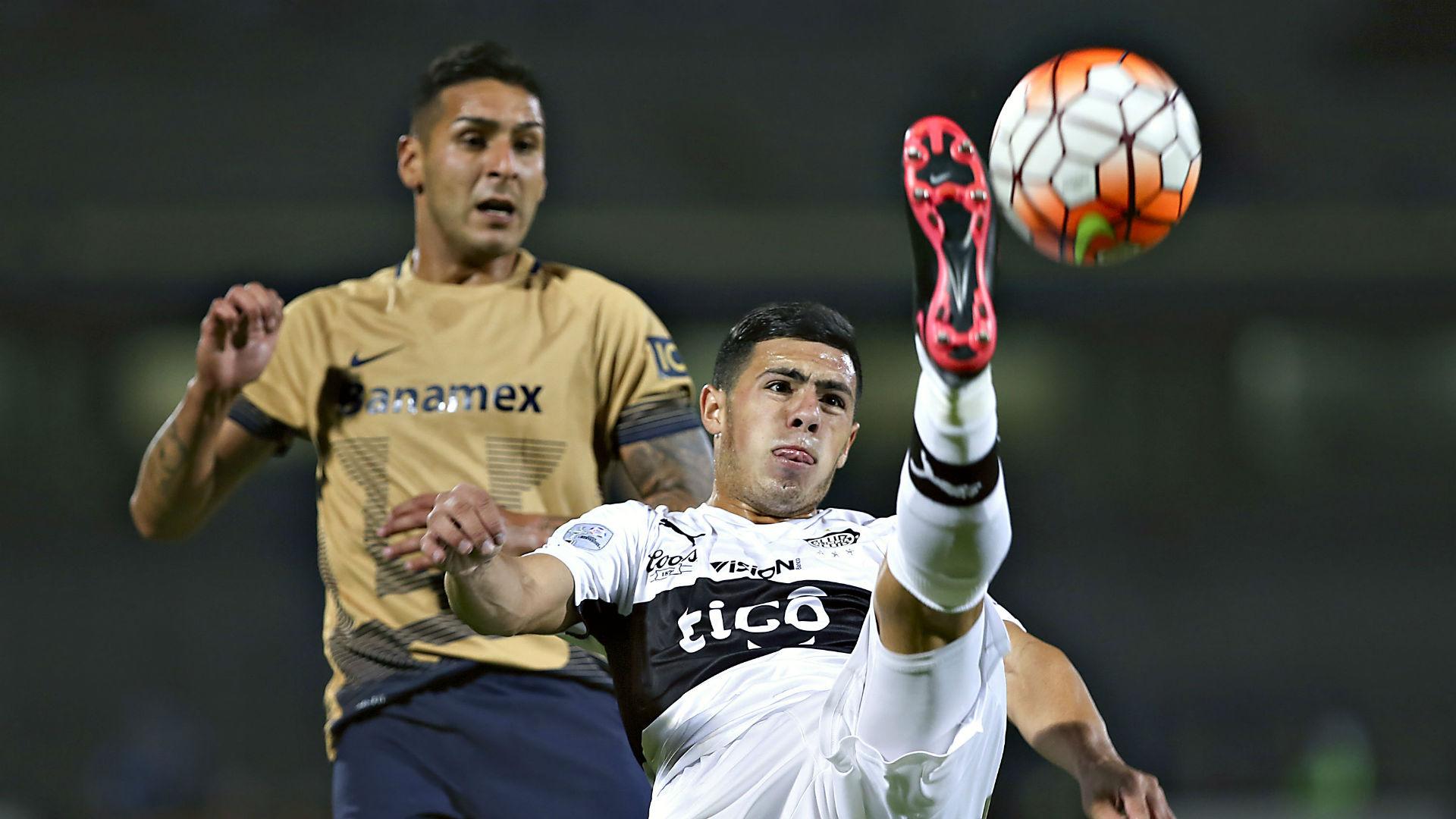 Ismael Sosa Pumas Olimpia Copa Libertadores