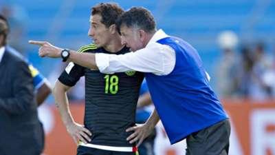 Andrés Guardado y Juan Carlos Osorio