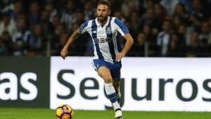Miguel Layún, Porto, 211116