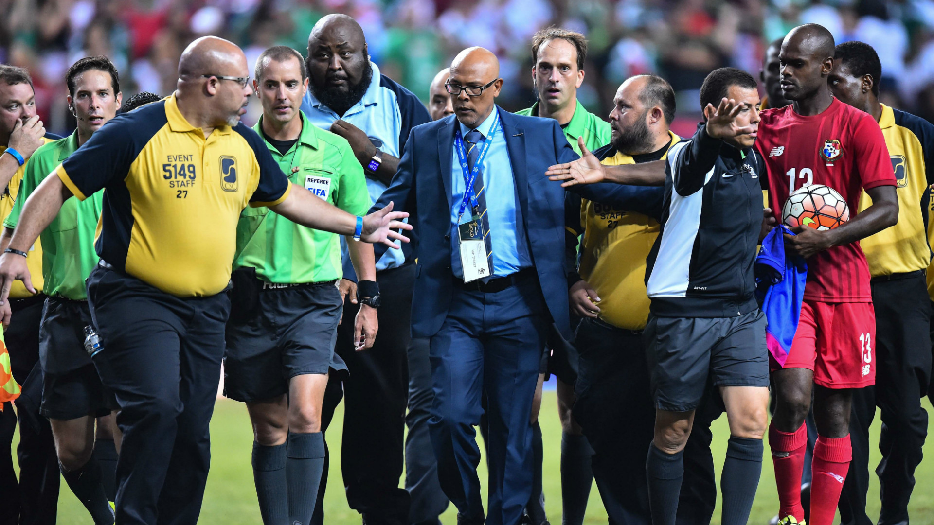Mark Geiger referre Panama vs MExico Semifinal Gold Cup 2015