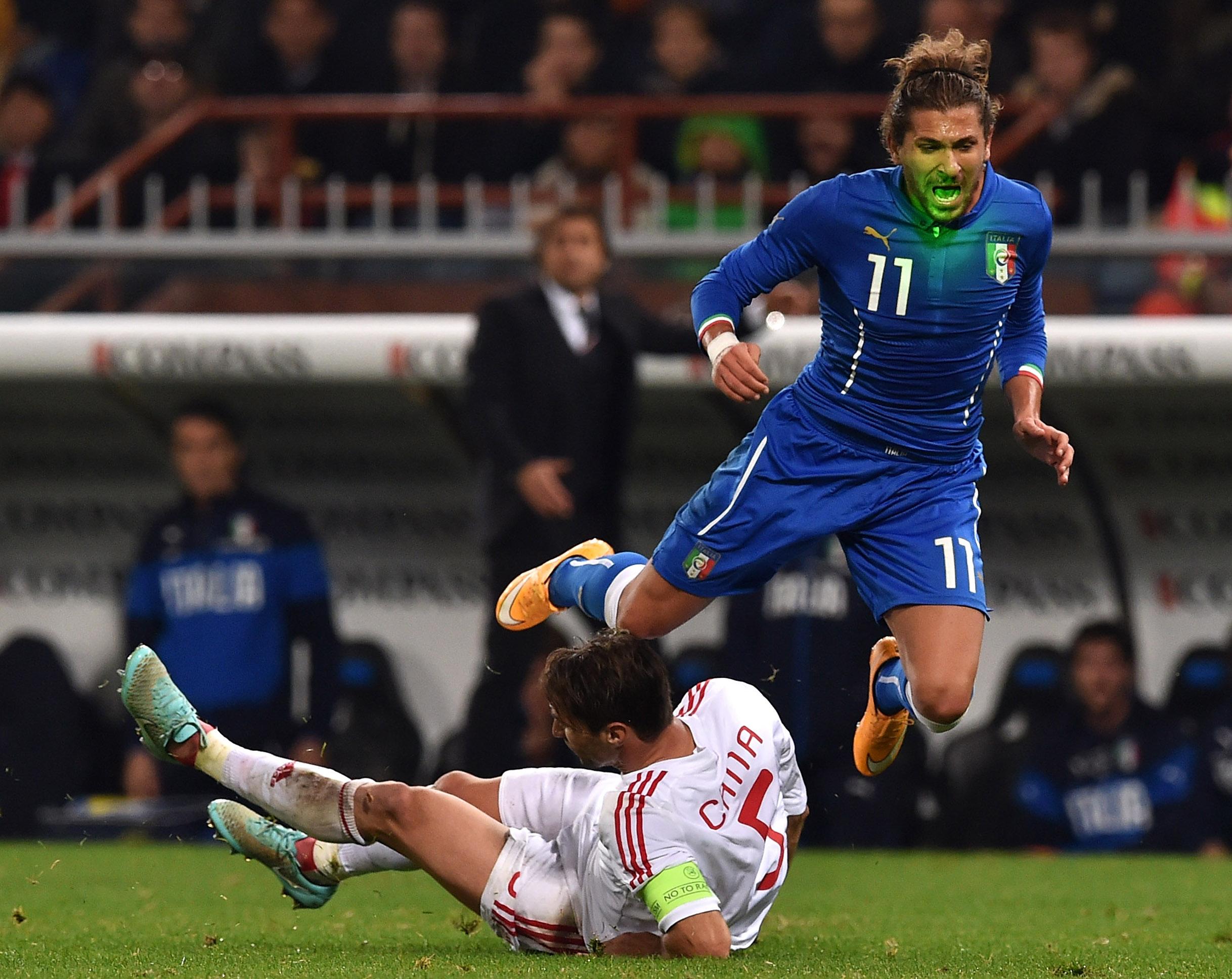 Un' Italia mediocre supera l' Albania, ai playoff da testa di serie