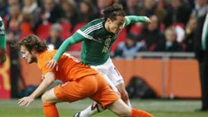 Blind Guardado Netherlands Mexico Friendly 12112014