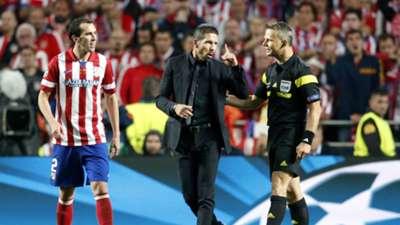 Diego Godín Diego Simeone Björn Kuipers Atletico Madrid Real Madrid Champions League 2014