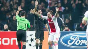 Theo Janssen Alvaro Arbeloa Ajax Real Madrid 2011/12