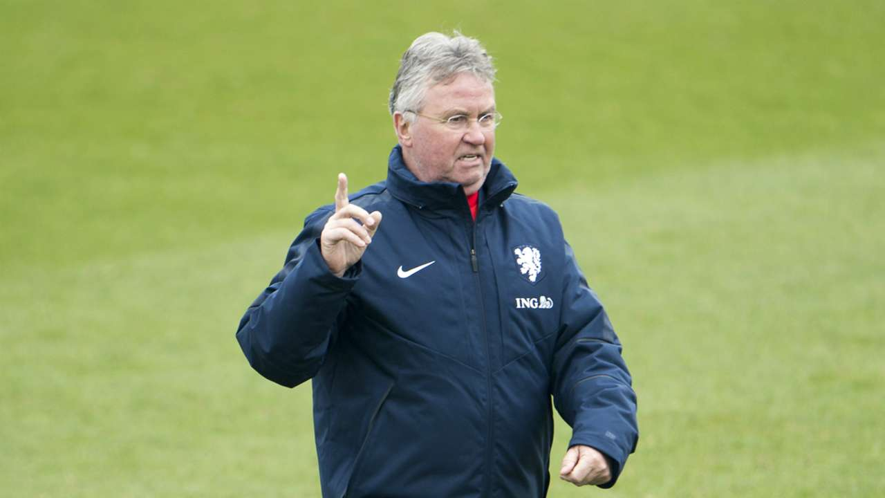 Guus Hiddink Oranje Netherlands training 03262015
