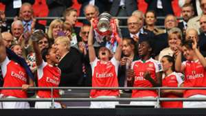 Arsenal Ladies lift FA Cup