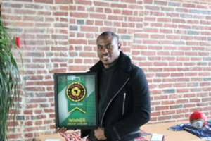 Vincent Enyeama wins the Goal Nigeria Player of the Year 2014
