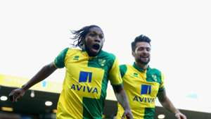 Dieumerci Mbokani (L) of Norwich City