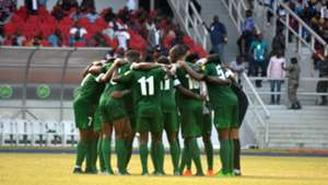 Nigeria huddle for prayers