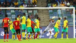 Fredy tries to beat Mabokgwane - Bafana vs Angola