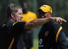 Stuart Baxter and Doctor Khumalo while at Kaizer Chiefs