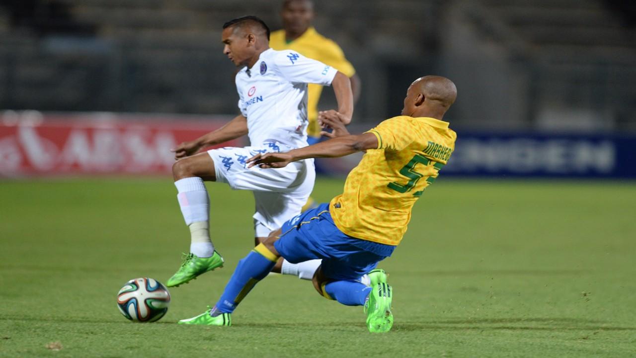 Daine Klate of SuperSport and Katlego Mashego of Sundowns