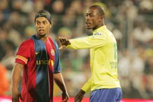 Ronaldinho and Benson Mhlongo