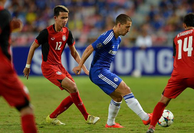 Sanrawat Dechmitr & Eden Hazard - Thailand Al Stars VS Chelsea
