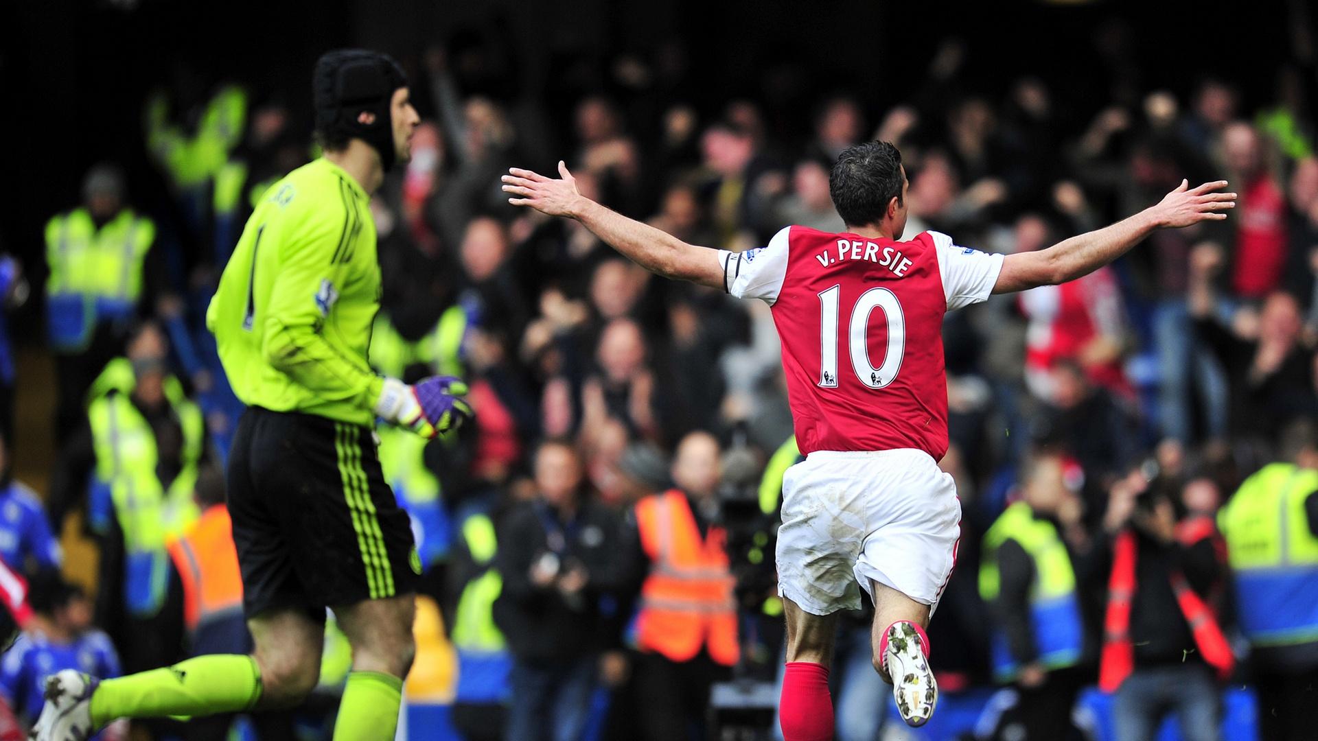 Petr Cech Robin van Persie Chelsea Arsenal EPL 10292011