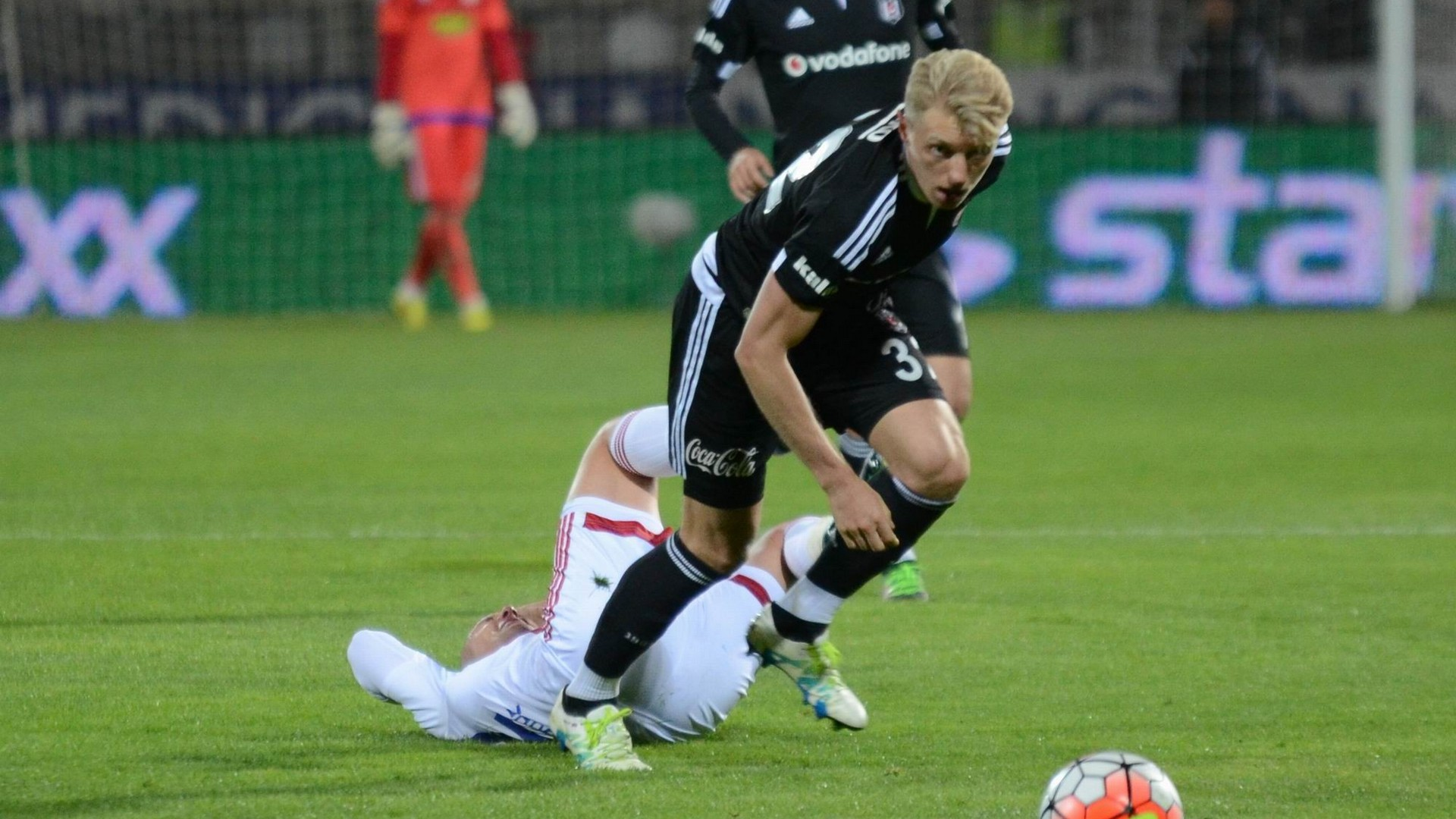 Andreas Beck Besiktas 04162016