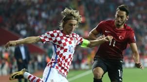 Luka Modric Hakan Calhanoglu Turkey Croatia WCQ 09052017