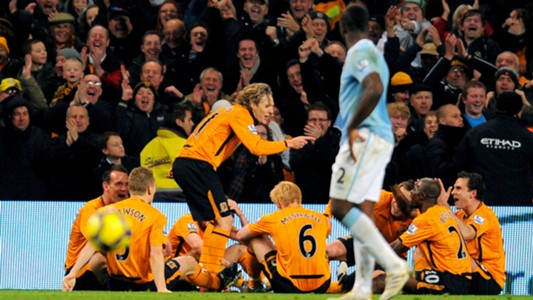 Jimmy Bullard Hull v Manchester City in 2009