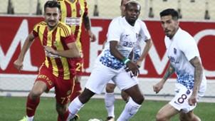 Yeni Malatyaspor Trabzonspor Sosa Onazi Bugra Cagiran 10212017