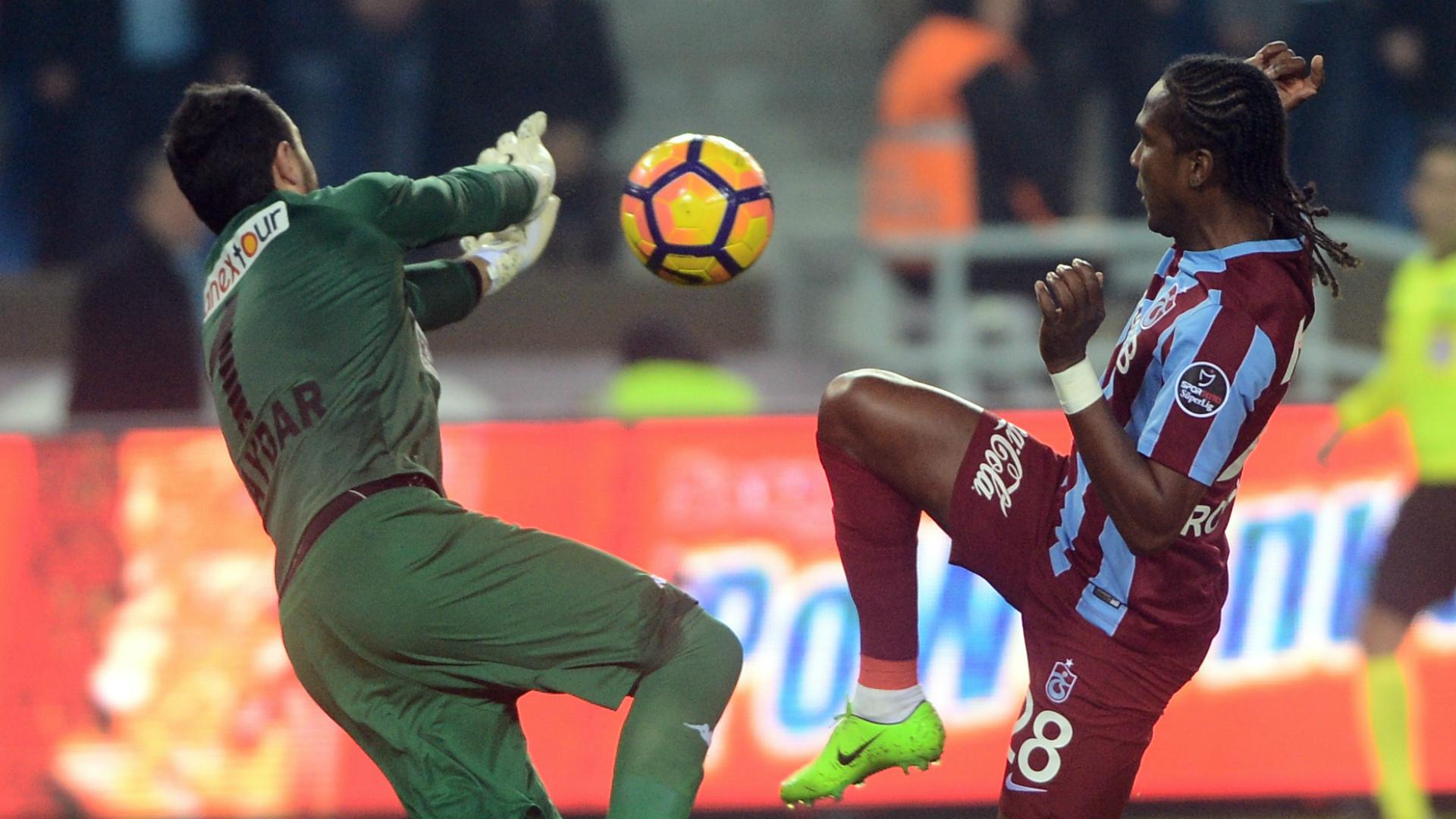 Haydar Yilmaz Hugo Rodallega Trabzonspor Alanyaspor STSL 02202017