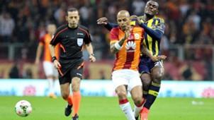 Felipe Melo Emmanuel Emenike Galatasaray Fenerbahce STSL 10182014