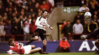 Giggs 1999 v Arsenal