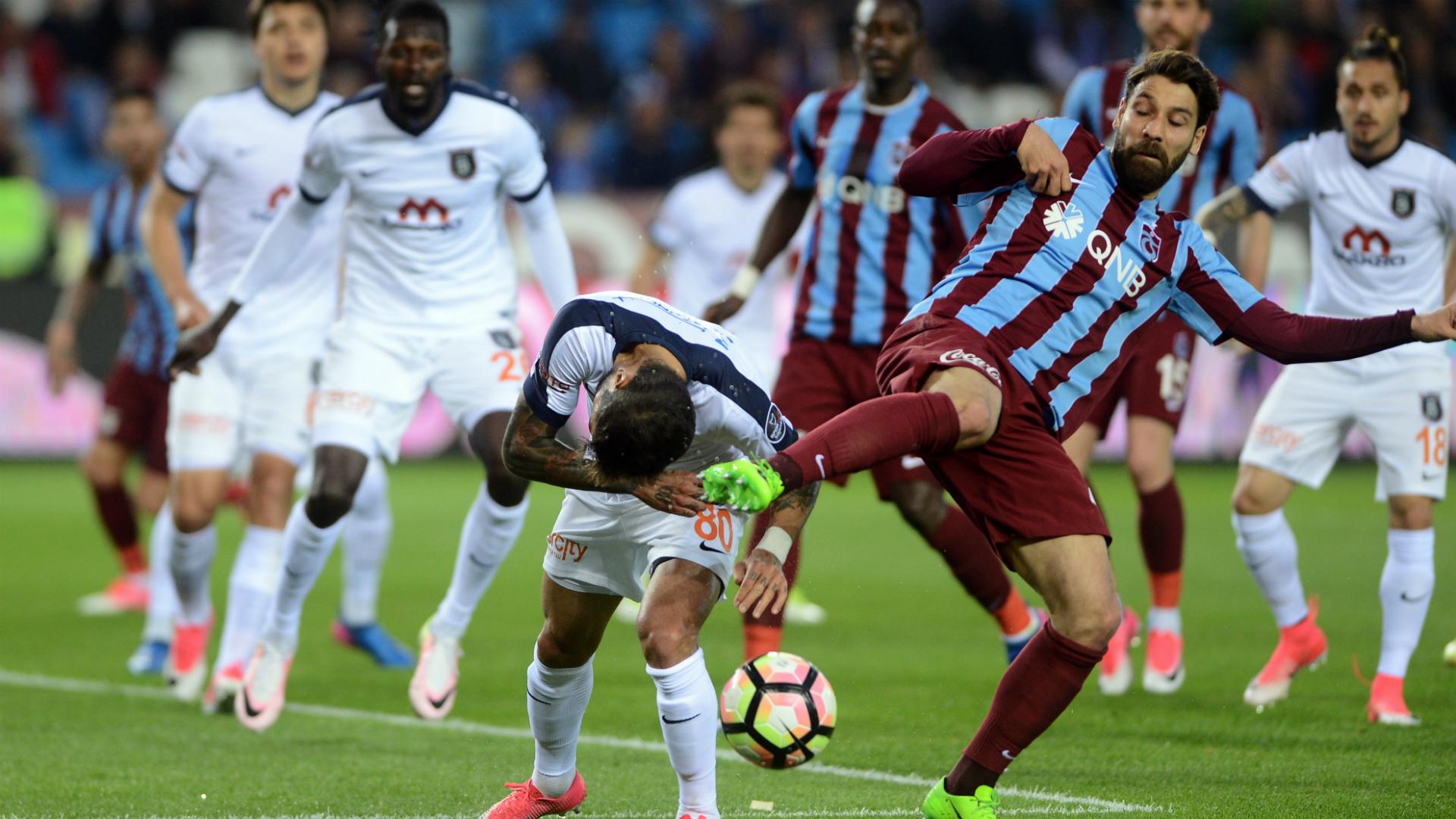 Olcay Sahan Trabzonspor Basaksehir 05212017