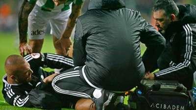 Gokhan Tore injury - Besiktas