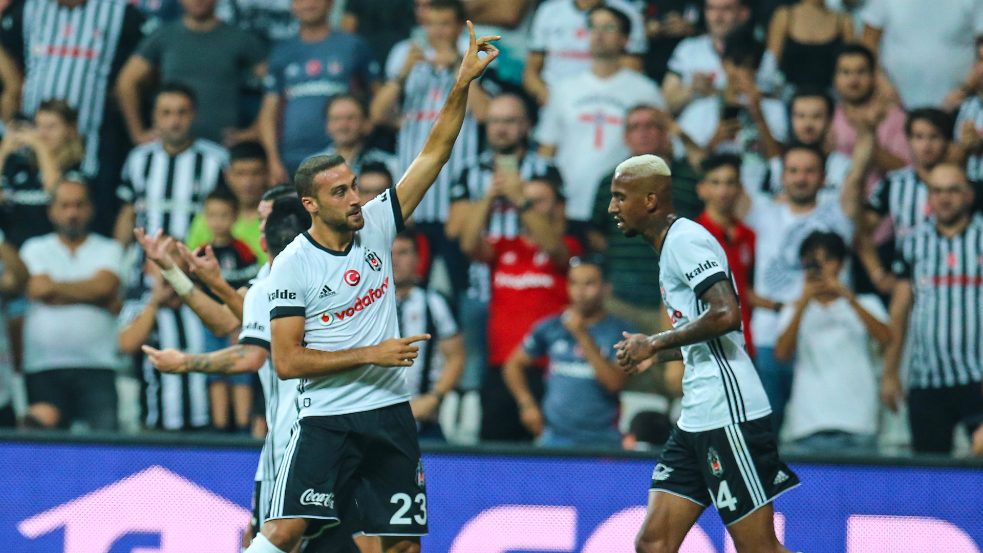 Cenk Tosun Talisca Besiktas Konyaspor 09182017