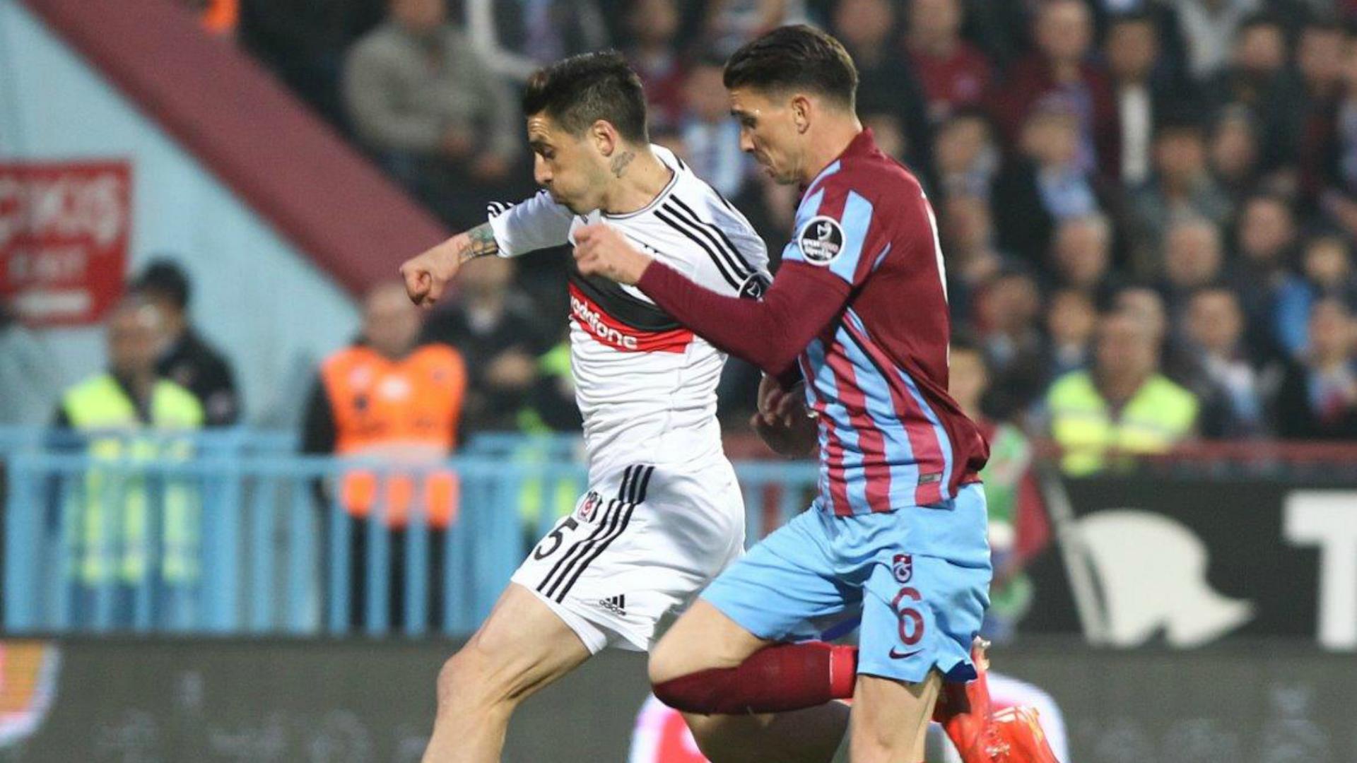 Trabzonspor Besiktas Sosa Medjani  030515