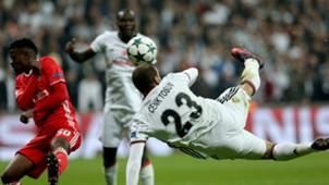 Cenk Tosun Besiktas Benfica UCL