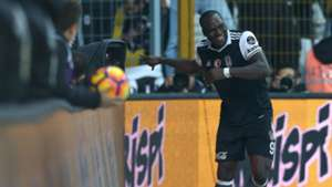 Vincent Aboubakar Besiktas goal celebration 3122017