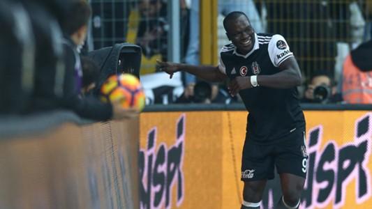 Vincent Aboubakar Besiktas goal celebration 3122017
