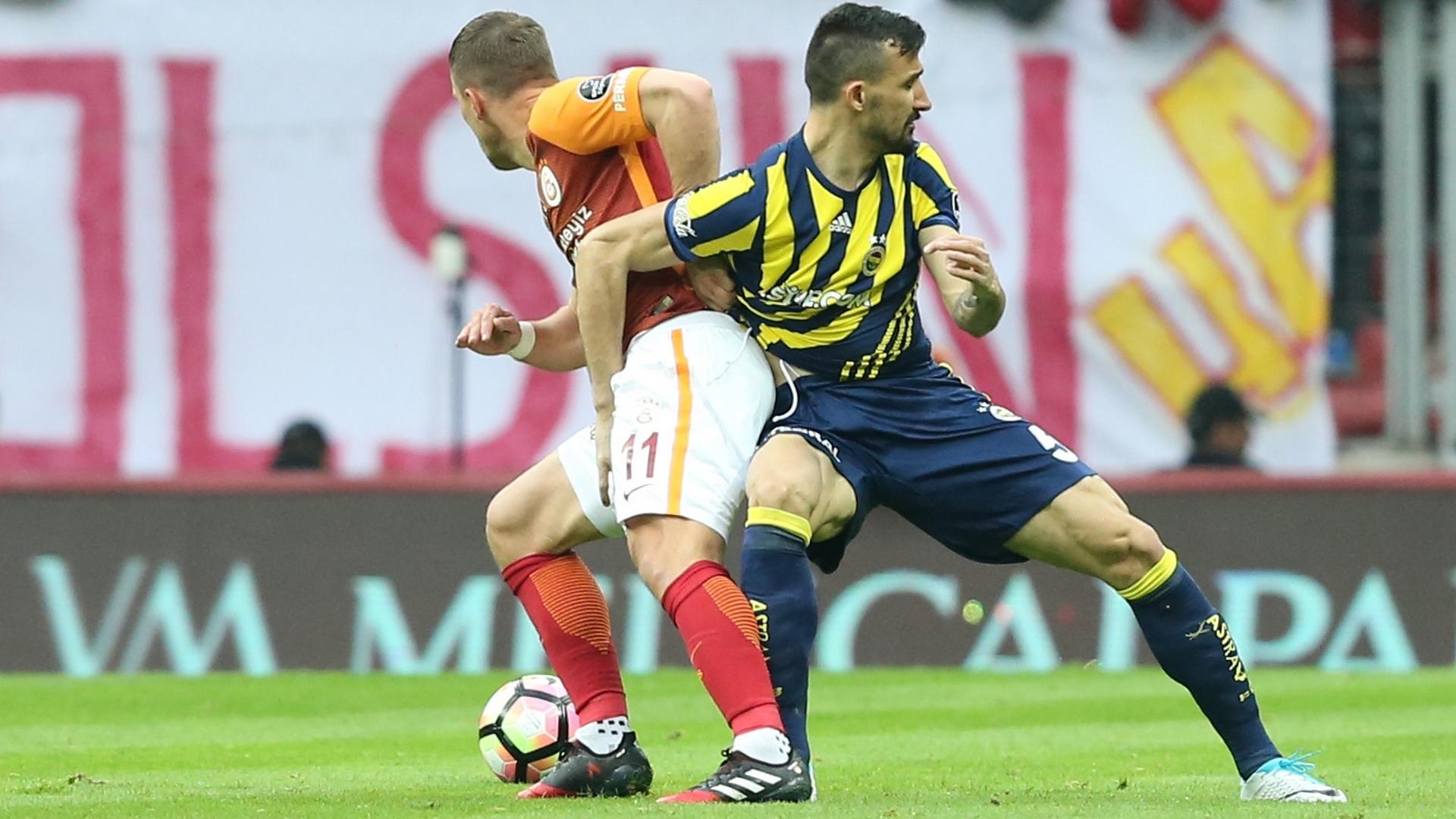 Galatasaray Fenerbahce Podolski Mehmet Topal 04232017 STSL