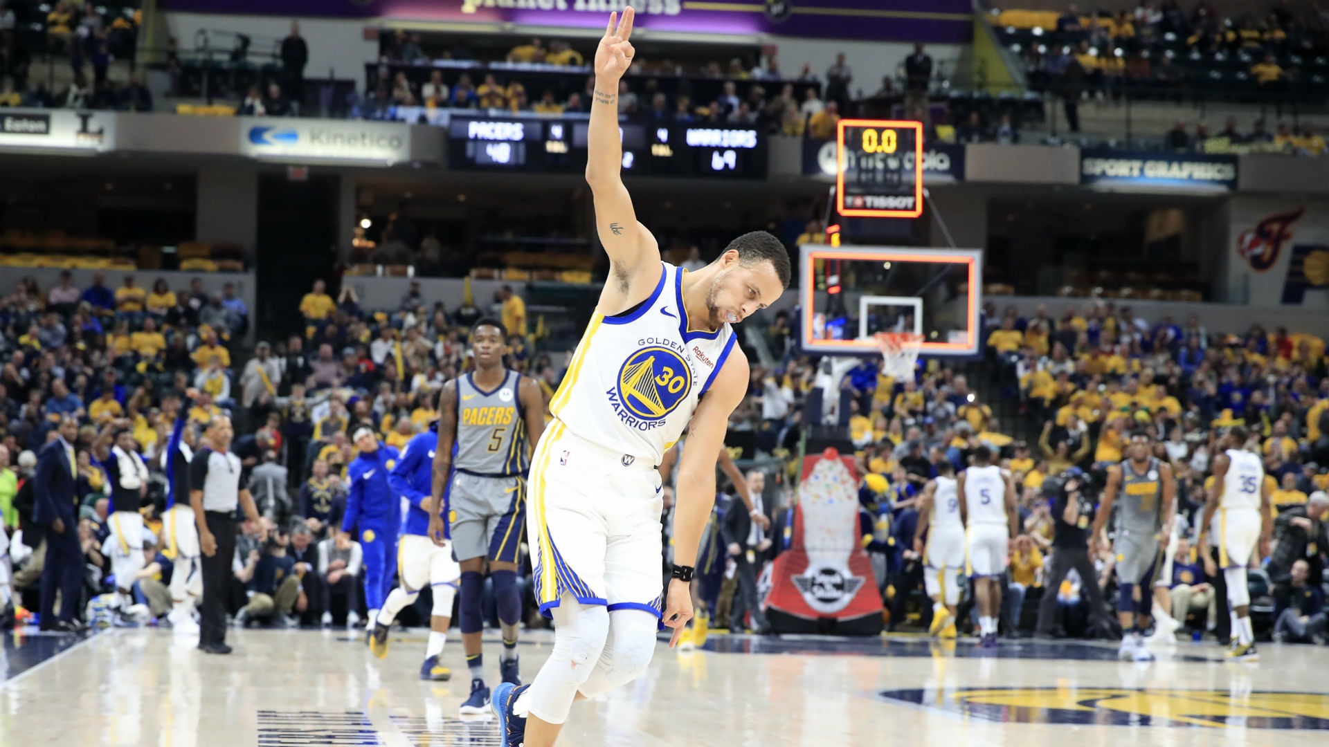 Big Nights From Stephen Curry And Demarcus Cousins Lead