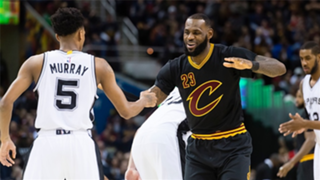 LeBron James was among the stars offering support to Dejounte Murray