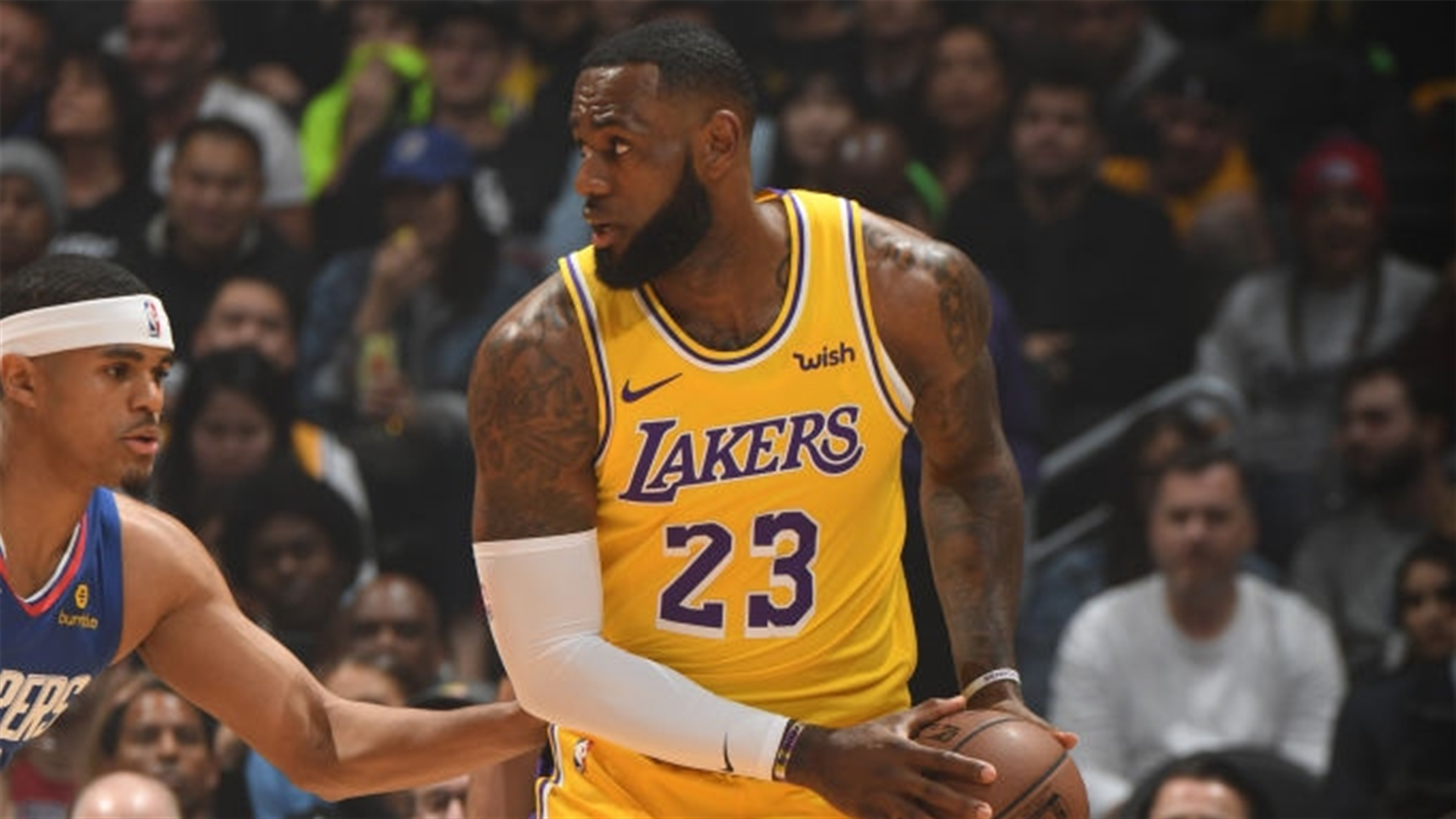 Lakers' LeBron James ruled out for today's game against ...