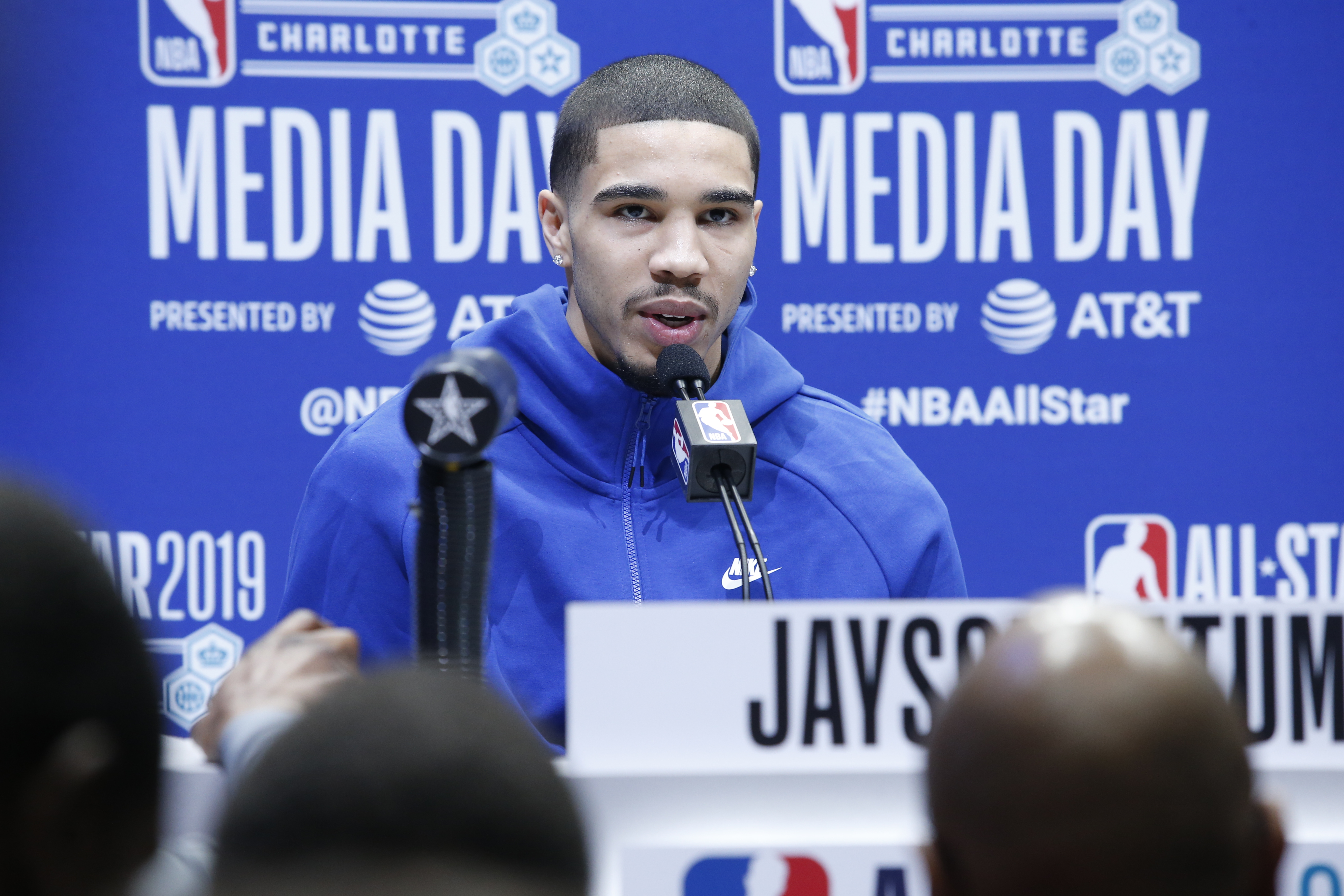2019 NBA All-Stars talk favorite J. Cole songs, which artist they would have perform the halftime show