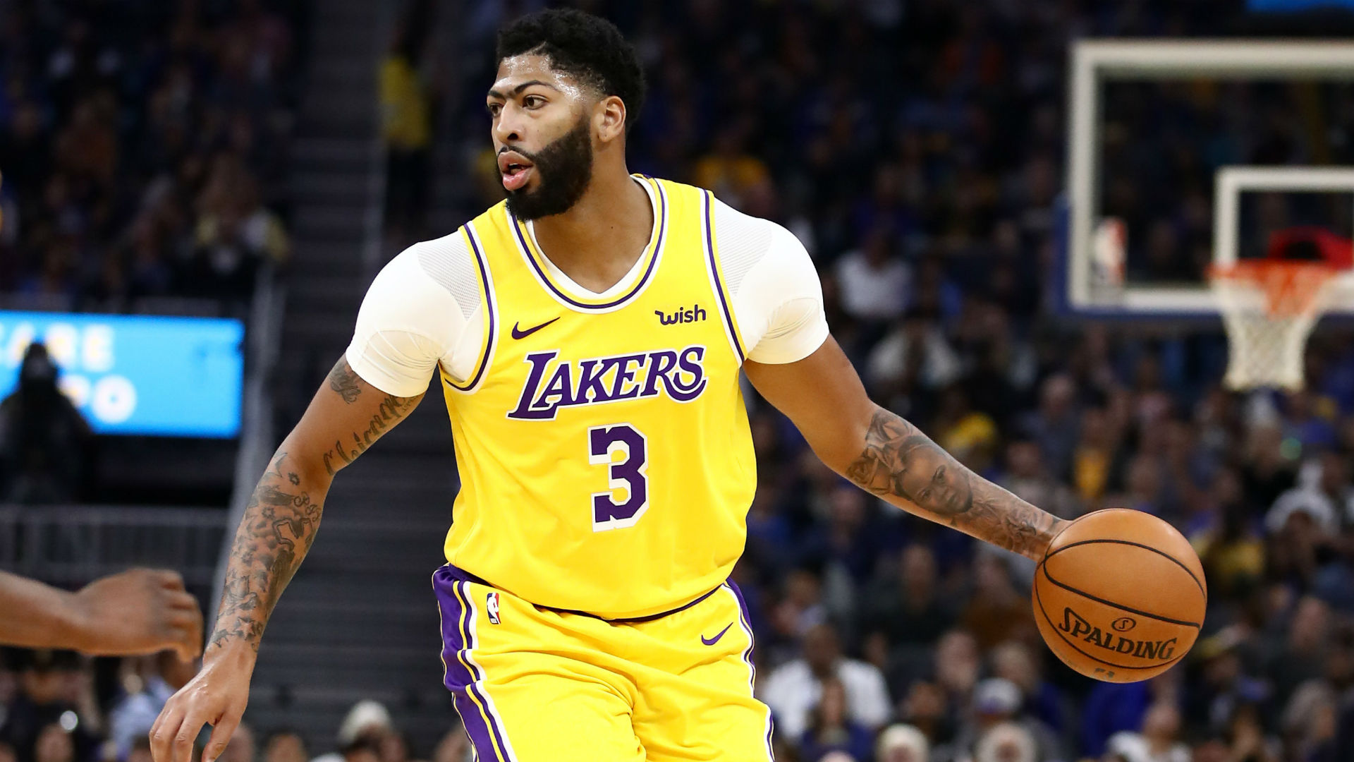 Anthony Davis leads Los Angeles Lakers over Golden State Warriors in preseason debut