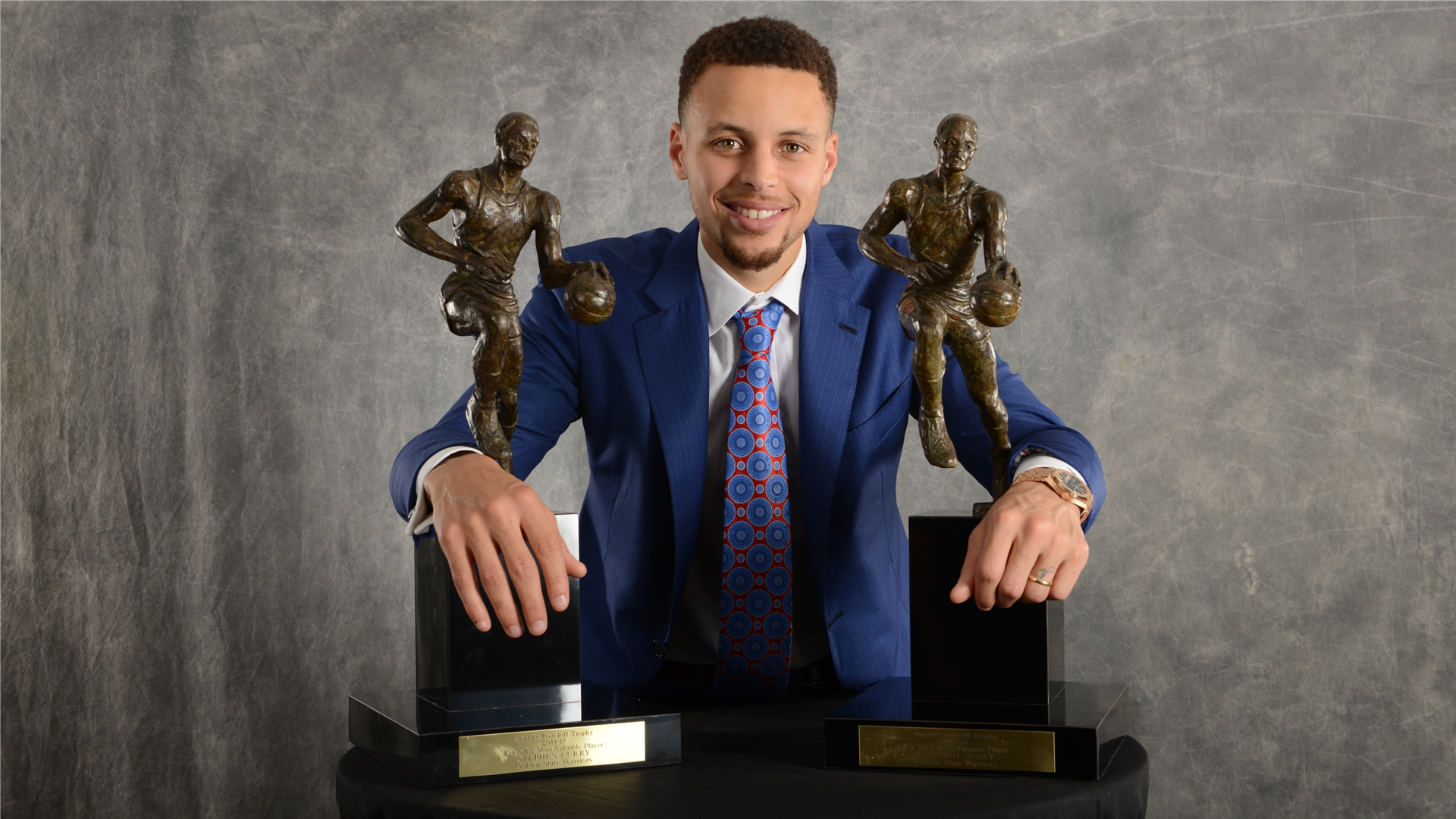 6eb64136e23a On This Date  Golden State Warriors  Stephen Curry named first-ever unanimous  NBA MVP