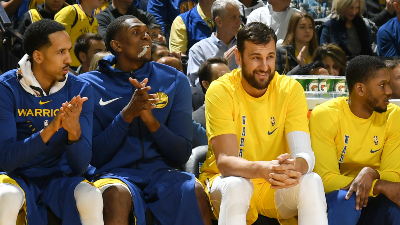 WATCH: Andrew Bogut receives standing ovation from Warriors home crowd at Oracle