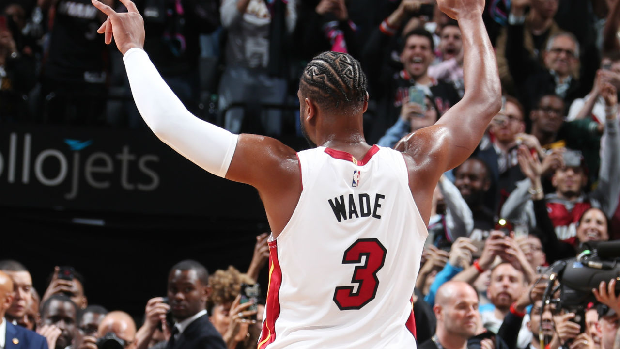 Dwyane Wade records a triple-double in his final NBA game, with the Banana Boat crew watching on ...