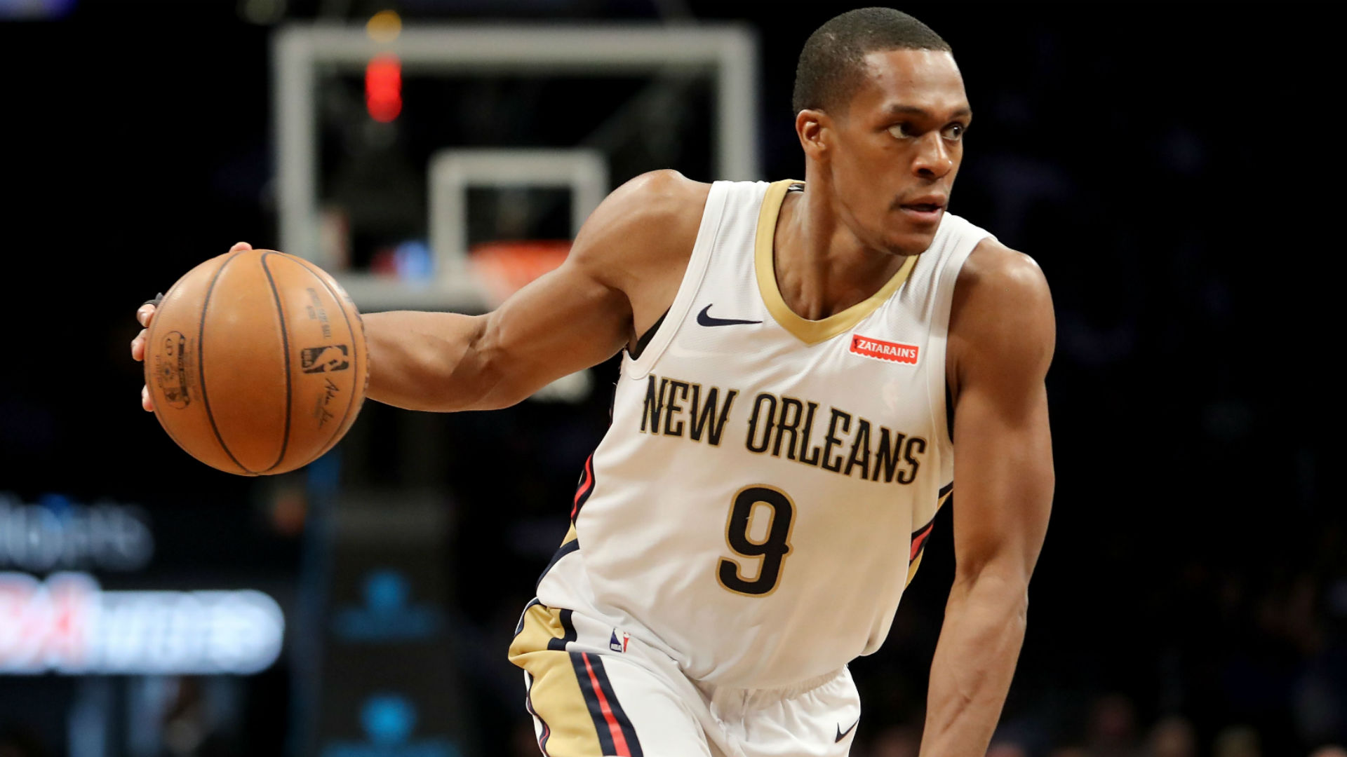 New Orleans Pelicans exercise Alvin Gentry's contract for next season